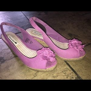 7.5 purple peep toe wedge